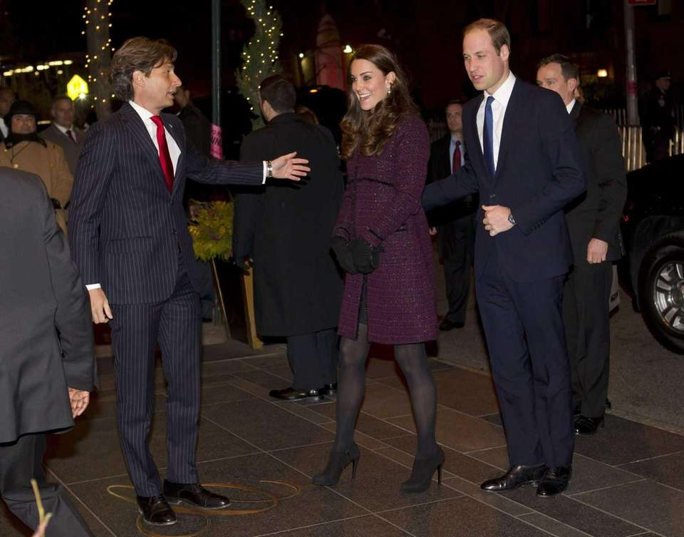 Prince William and Kate arrive at The Carlyle
