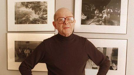 Arthur Leipzig, an award-winning photographer whose lens captured