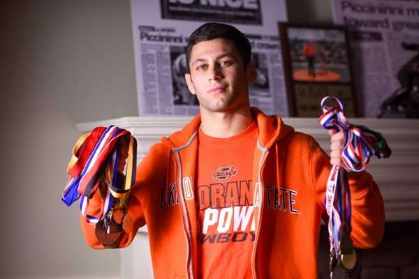 will nick piccininni win a fourth straight state wrestling