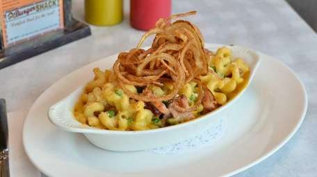 Mac N Cheese, with smoked ham, peas and