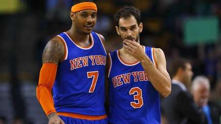 New York Knicks' Carmelo Anthony and Jose Calderon