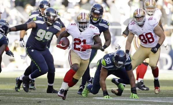 San Francisco 49ers running back Frank Gore (21)