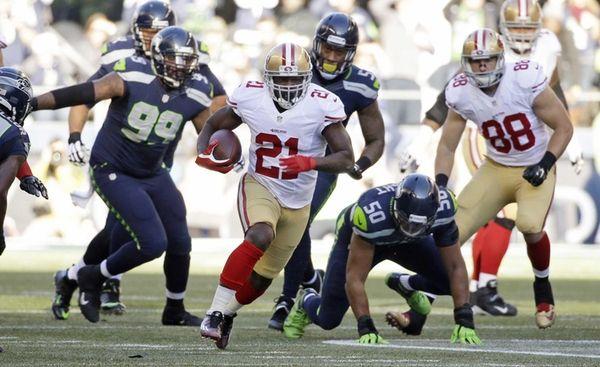 San Francisco 49ers running back Frank Gore (21)
