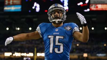 Golden Tate #15 of the Detroit Lions celebrates