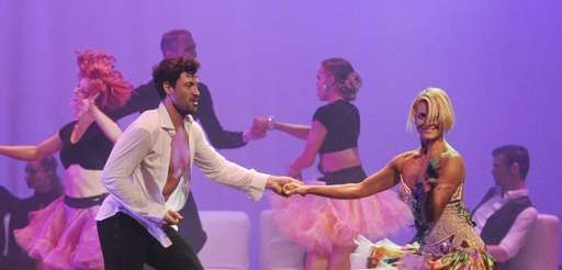 Maksim Chmerkovskiy puts the dancers through their steps