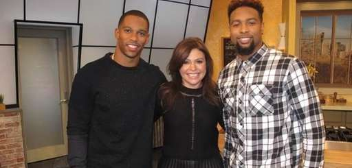 Talk show host Rachael Ray, center, with Giants
