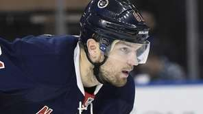 New York Rangers left wing Rick Nash looks