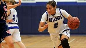 North Babylon guard Brianna Jones drives the outside