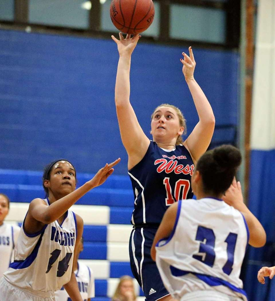Smithtown West guard Selena LaFranca puts up the