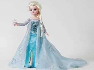 """A $5,000 """"Frozen"""" Elsa doll is sold at"""