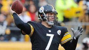 Pittsburgh Steelers quarterback Ben Roethlisberger (7) throws a