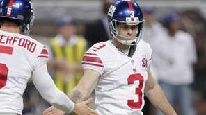 New York Giants place kicker Josh Brown, right,