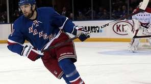 Rangers left wing Rick Nash moves up the