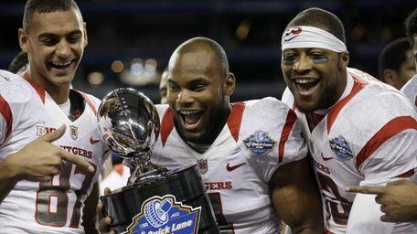 Rutgers wide receivers Vance Matthews , Leonte Carroo,