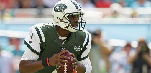 Quarterback Geno Smith #7 of the New York