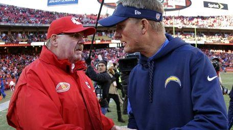 Kansas City Chiefs coach Andy Reid, left, and