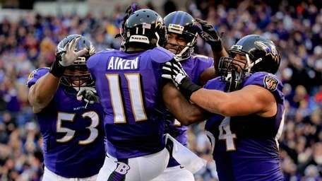 Wide receiver Kamar Aiken #11 of the Baltimore