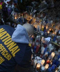 The makeshift memorial for slain NYPD detectives Wenjian