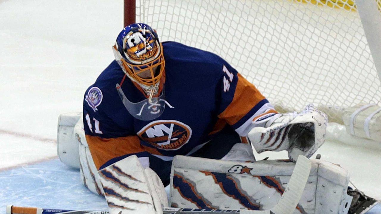 New York Islanders goalie Jaroslav Halak, No. 41,