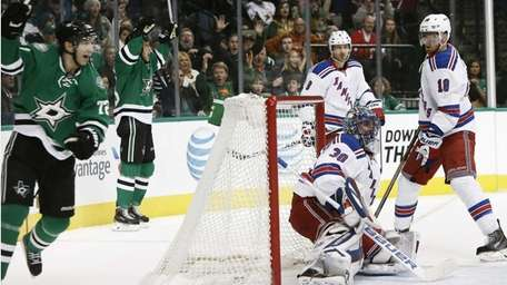 Dallas Stars forwards Ales Hemsky, back left, and