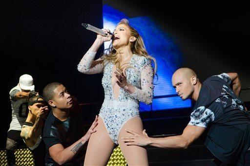 Jennifer Lopez performs at 103.5 KTU's KTUphoria at