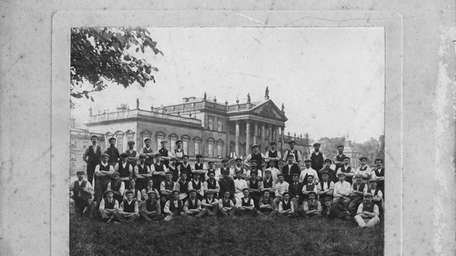 The outdoor servants at Wentworth House in 1906.