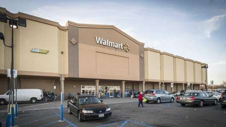 Walmart will close its store at Westfield Sunrise