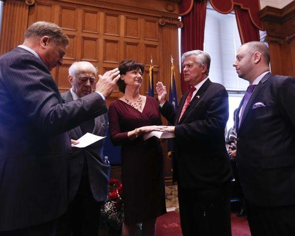 Senate Republican Leader Dean Skelos is sworn in