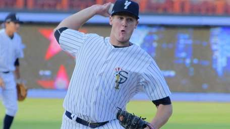 Yankees prospect Ty Hensley pitches for the Single-A