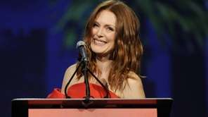 Julianne Moore accepts a Desert Palm achievement award