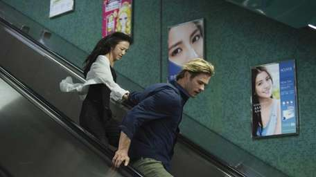 Chris Hemsworth and Tang Wei star in Legendary's