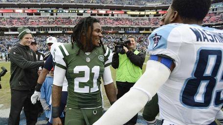 New York Jets running back Chris Johnson (21)