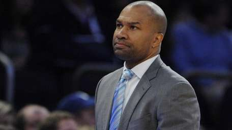 New York Knicks head coach Derek Fisher reacts