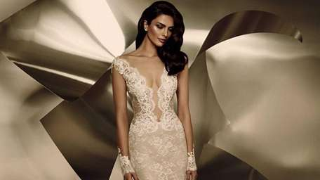 See the Ines Di Santo 2015 bridal collection