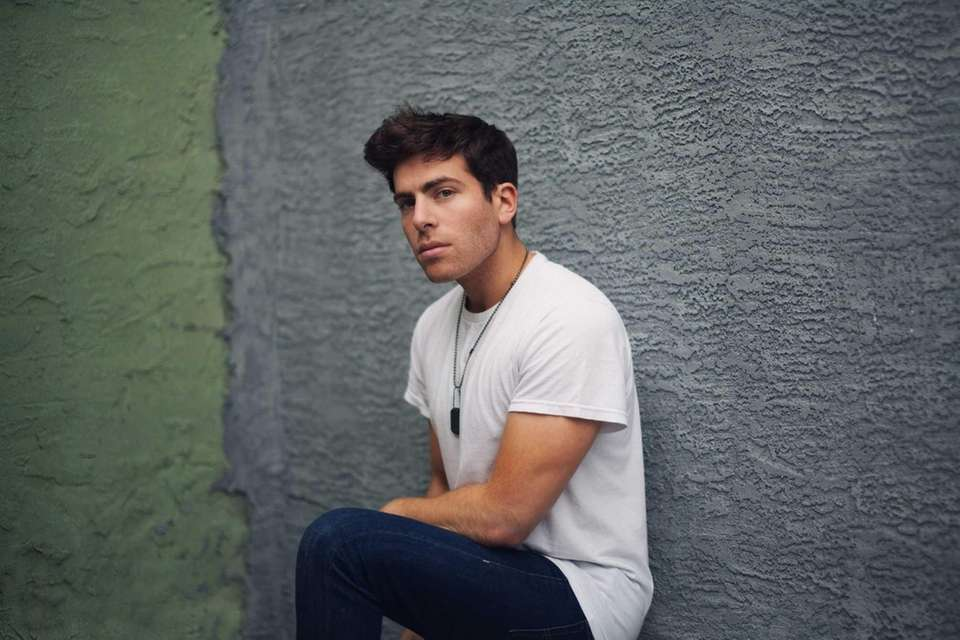 Rapper Hoodie Allen (born Steven Markowitz) grew up