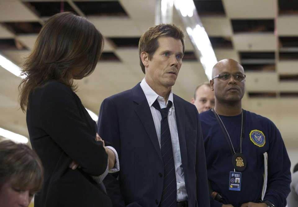 Kevin Bacon is a former FBI agent returning