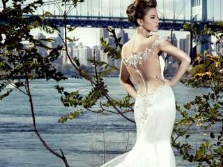 Bridal Reflections hosts a Stephen Yearick bridal and