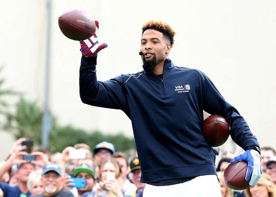 New York Giants' Odell Beckham Jr. catches a