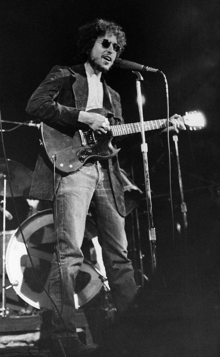 Bob Dylan at a surprise appearance at the