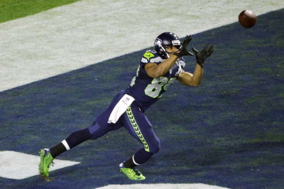 Seattle Seahawks wide receiver Doug Baldwin prepares to