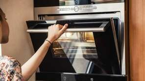 When broiling, do you keep the oven door
