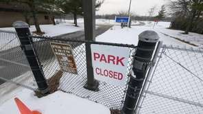 Roberto Clemente Park in Brentwood remains closed after