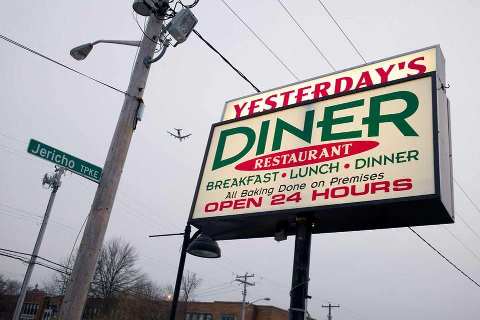 Yesterday's Diner, New Hyde Park: This diner, convenient