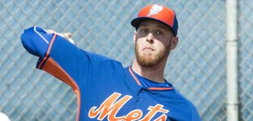 Mets pitcher Zack Wheeler throws a bullpen session