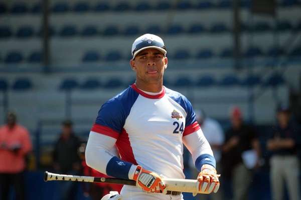 In this Nov. 12, 2014 photo, Cuban baseball
