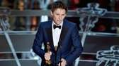 Eddie Redmayne accepts the Oscar for best actor