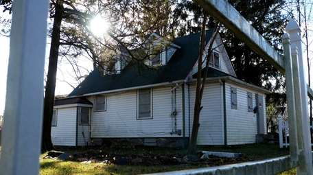 An abandoned house in Central Islip shown on