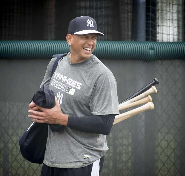New York Yankees third baseman Alex Rodriguez leaves