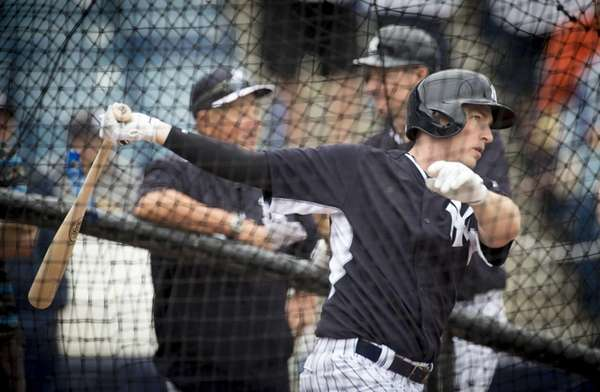 New York Yankees' second baseman Stephen Drew takes