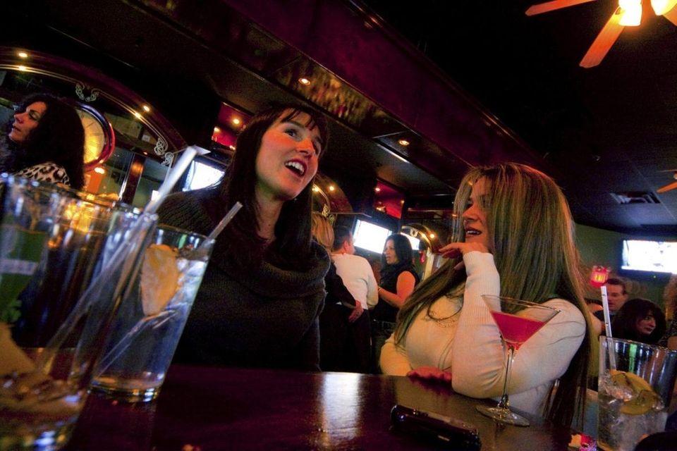 Irish Times Pub (975B Main St., Holbrook): This